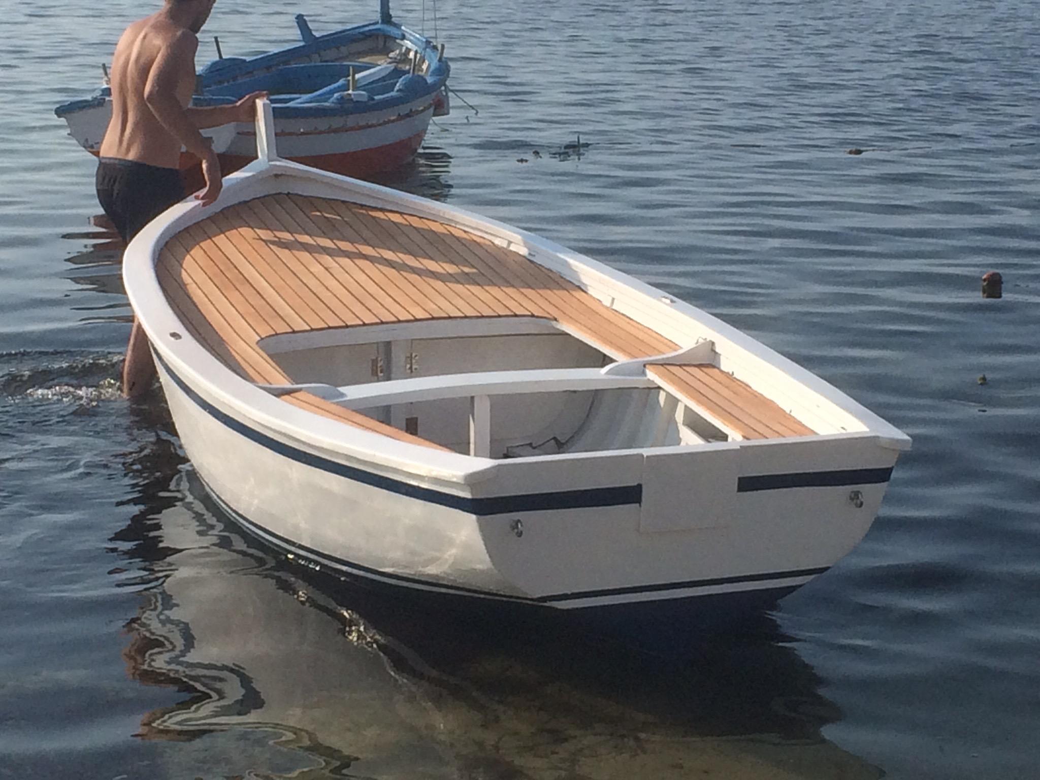 modifica e restauro di una barca da pesca s t a l t
