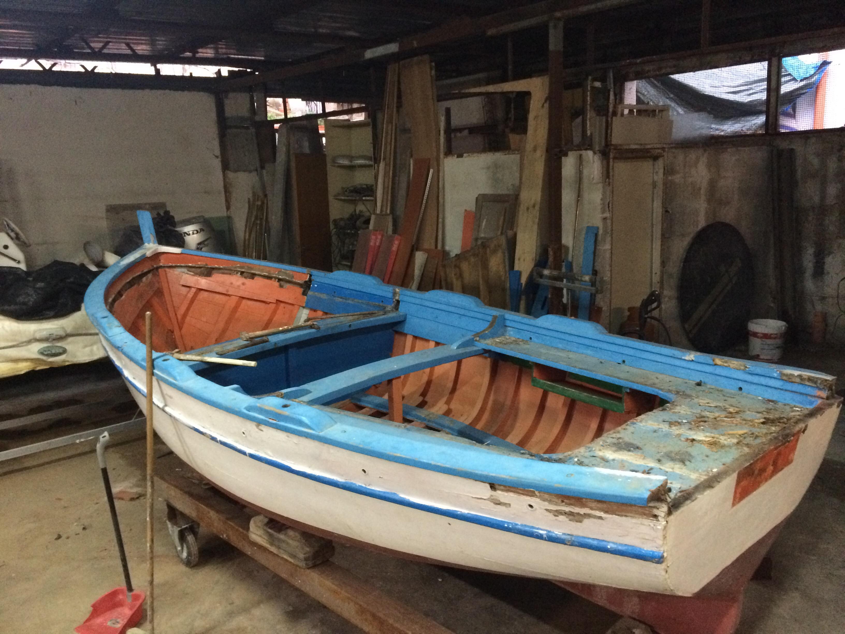 Barchetta da pesca la cura dello yacht for Barchetta da pesca