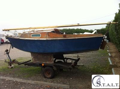 Trasporto restauro riparazione barca vela gommone natante for Accessori barca vela